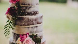 Naked Rustic wedding cakes wallpaper