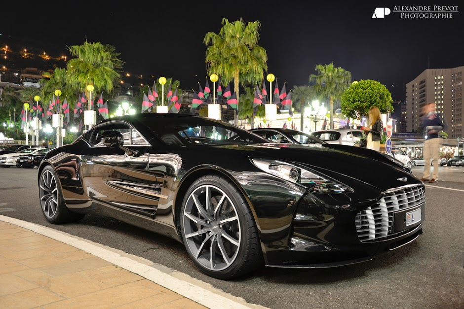 Wow-now-that-s-a-beauty-sitting-there-Aston-Martin-One-wallpaper-wp58010906