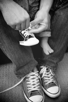 all-I-can-think-of-is-oh-my-gosh-too-cute-father-and-son-pic-or-a-family-pic-in-chucks-lol-wallpaper-wp5203982