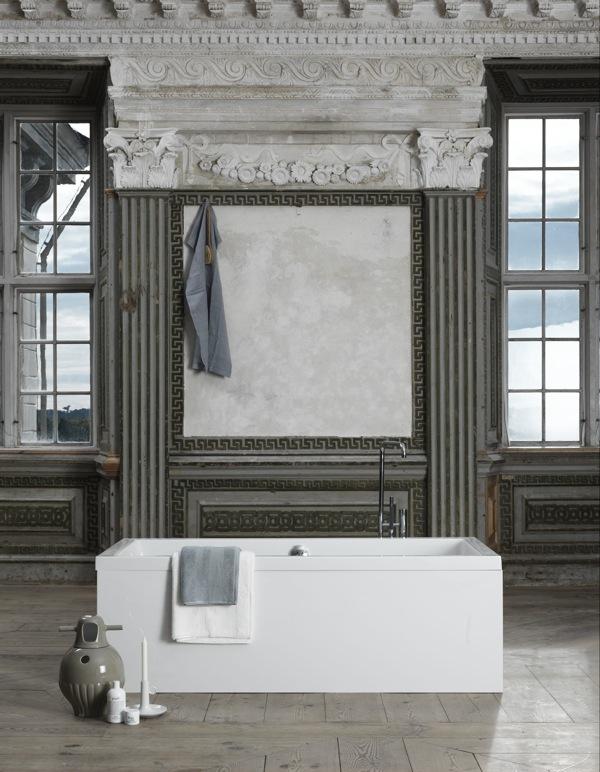 bathing-in-luxury-Haute-Design-by-Sarah-Klassen-wallpaper-wp3003490