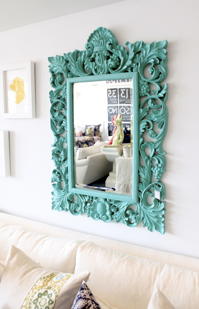 beautifully-frame-mirror-screams-hey-good-lookin-wallpaper-wp5005152