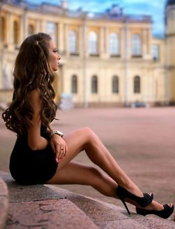 beeedebaaebafcdc-beautiful-legs-beautiful-women-wallpaper-wp5803744