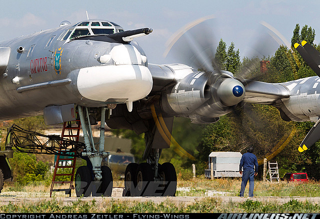bet-the-groundcrew-member-felt-the-massive-power-of-the-Bears-huge-counter-rotating-propellers-even-wallpaper-wp4604190