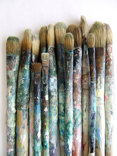brushes-wallpaper-wp4804904