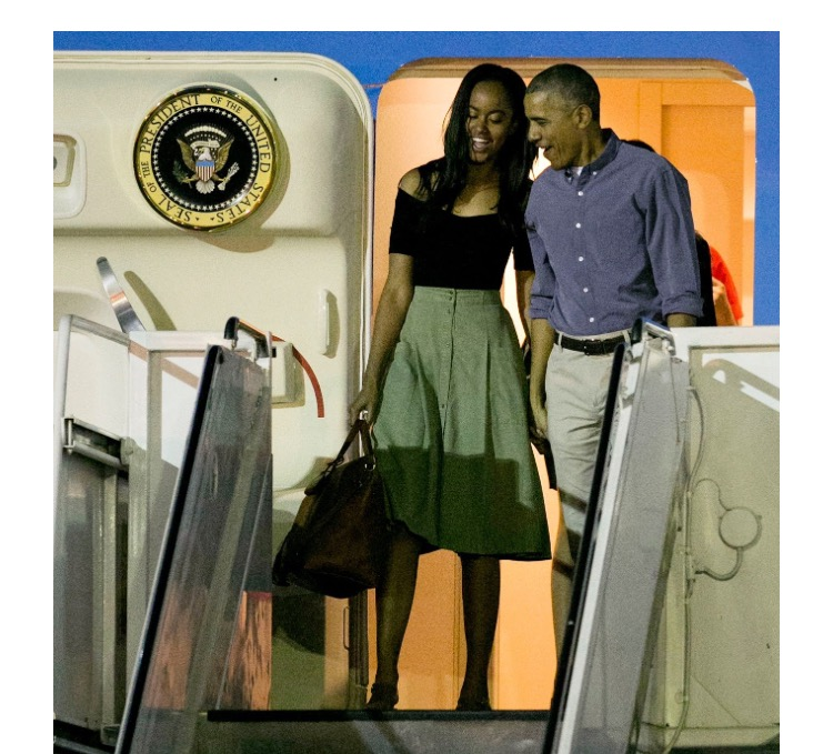 caaadaddedada-michelle-obama-barack-obama-wallpaper-wp3004057