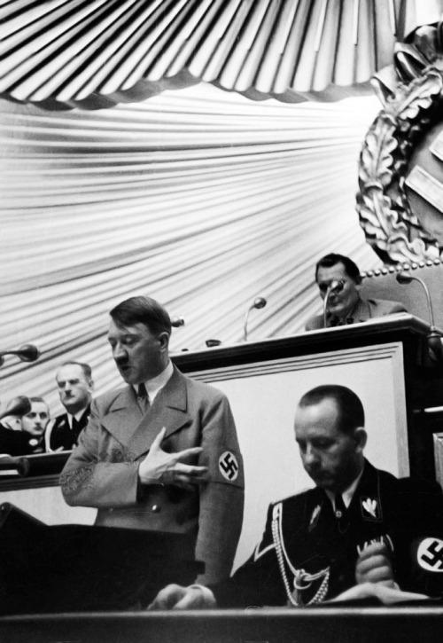 caeeddaffdfaba-nazi-party-rare-photos-wallpaper-wp5804344