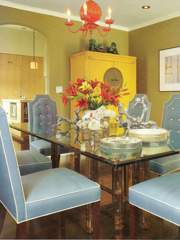 chinoiserie-blue-yellow-dining-room-Betsy-Burnham-wallpaper-wp5006016