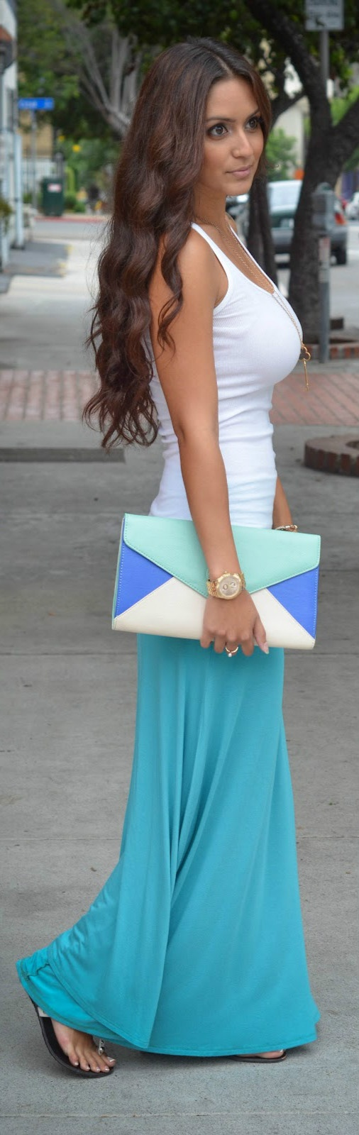 colorful-maxi-white-tank-big-clutch-purse-wallpaper-wp5804668