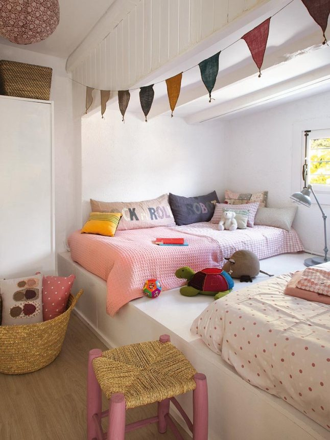 cosy-reading-corner-for-kids-and-big-kids-readingcorner-nook-naturalcurtaincompany-wallpaper-wp5804739
