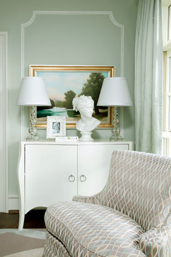 curved-moulding-bust-on-mod-chest-by-Tobi-McDaniel-Fairley-wallpaper-wp5205461