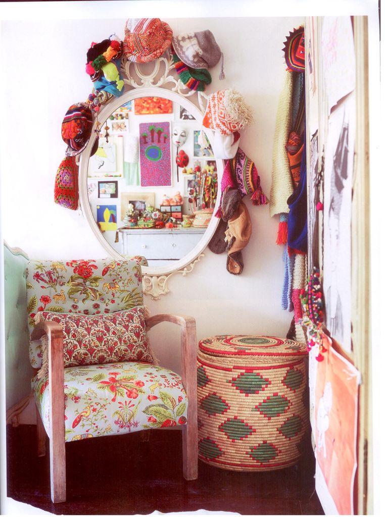 cute-older-girls-room-Vogue-Living-Oct-wallpaper-wp5006437