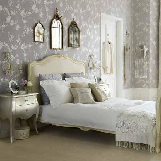 decorating-vintage-style-style-take-you-back-in-time-Looking-for-vintage-bedroom-decorating-wallpaper-wp4406338