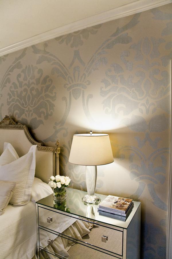 edebfadcdced-mirrored-nightstand-mirrored-furniture-wallpaper-wp4406625