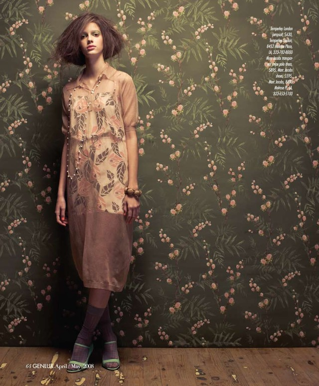 fashion-and-Genlux-Editorial-In-Full-Bloom-wallpaper-wp6003293