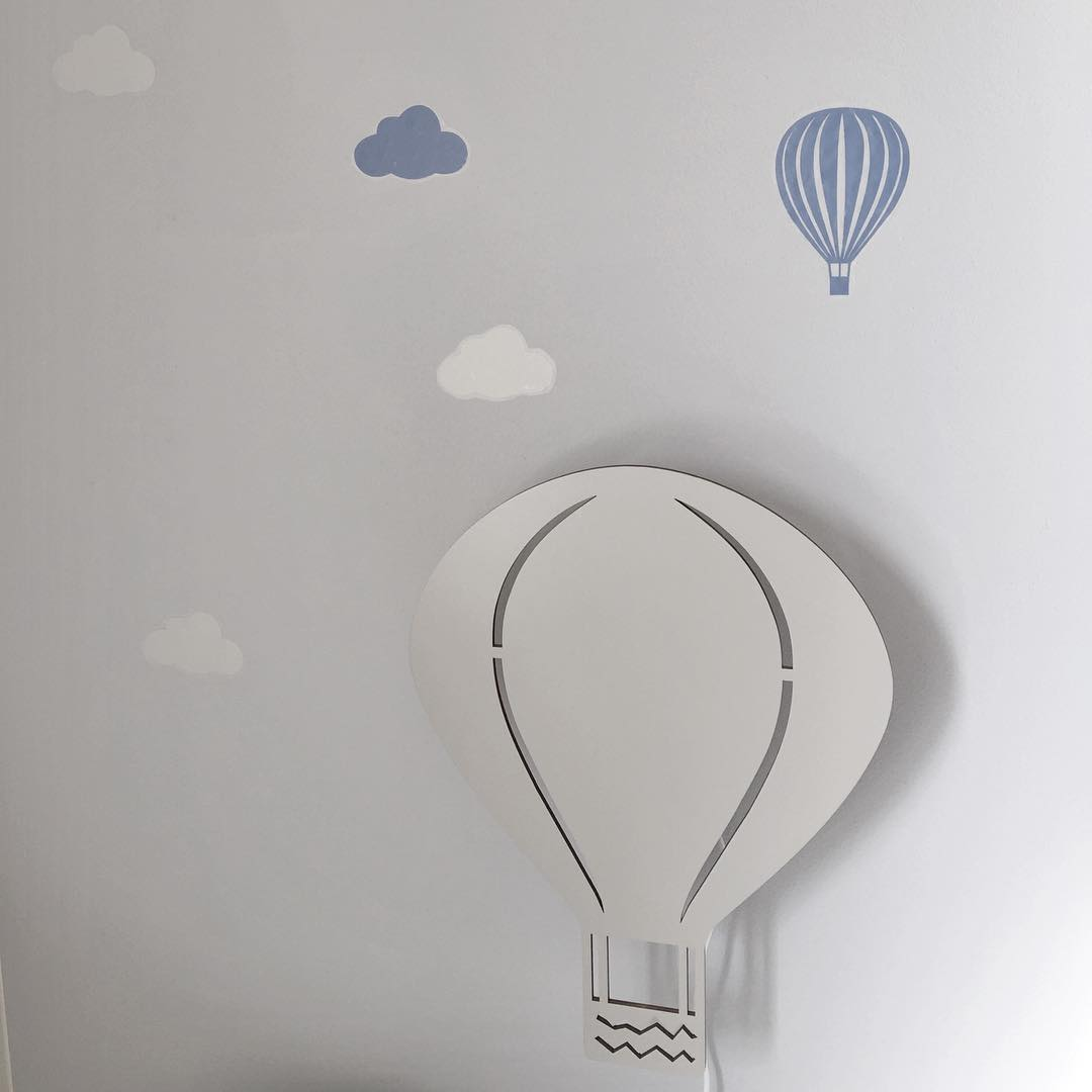 ferm-LIVING-kids-Air-Balloon-lamp-A-decorative-and-playful-lamp-that-brings-light-and-cosiness-to-y-wallpaper-wp5007404