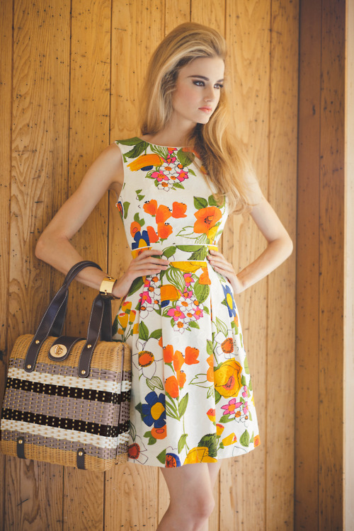 floral-s-dress-wallpaper-wp5805713