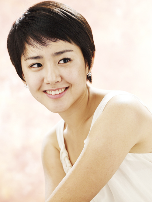 hairstyle-of-Moon-Geum-Young-wallpaper-wp5605358
