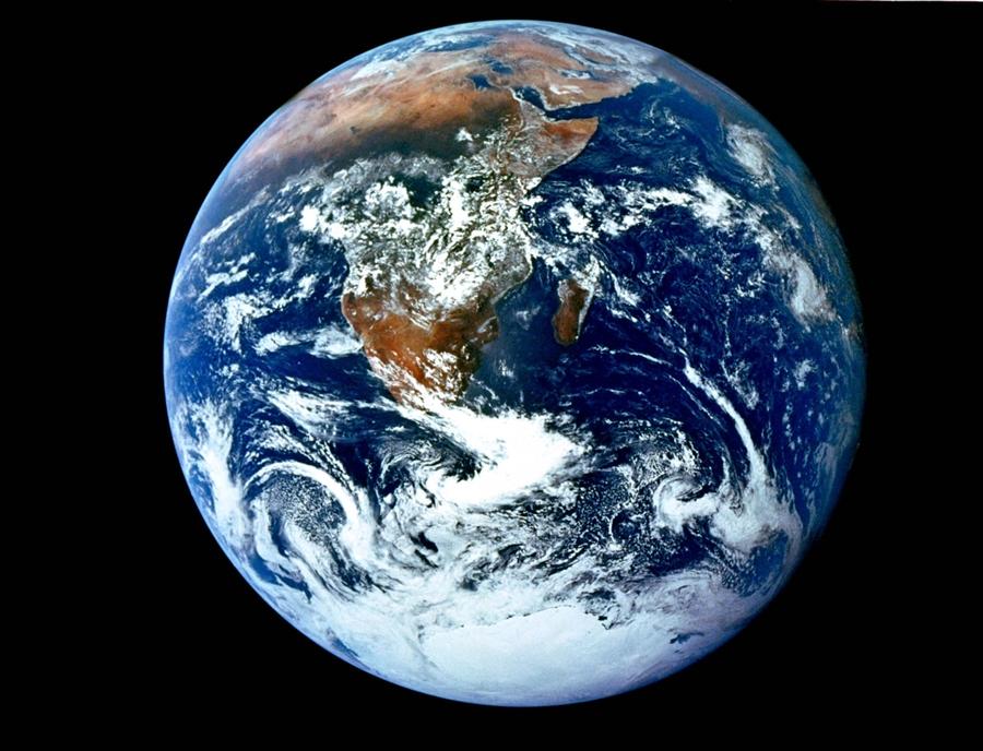 http-bp-blogspot-com-WWOxlqFxmk-URgYvWLJI-AAAAAAAADwI-odSaNavE-s-The-Earth-from-Space-wallpaper-wp5207639