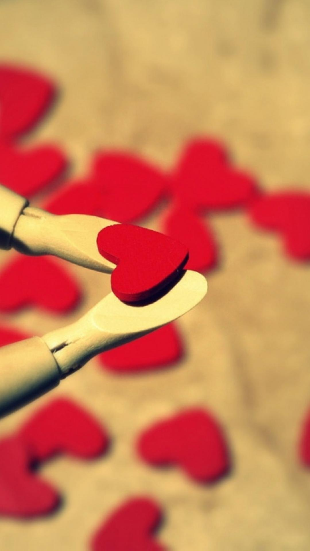 iphone-red-hearts-love-http-iphoneretina-com-gallery-php-catLove-wallpaper-wp4602960