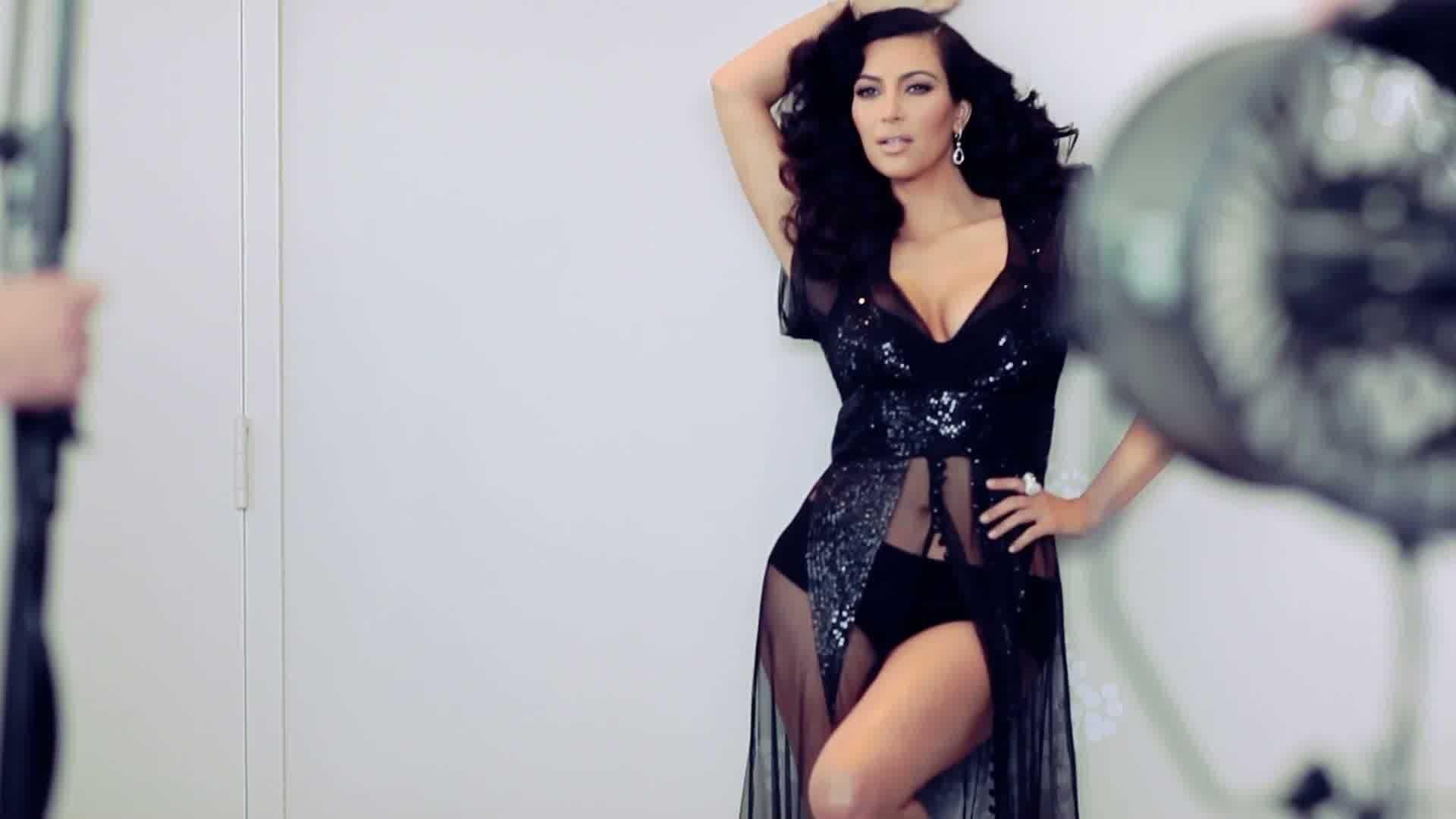 kim-kardashian-hd-pack-Tiger-London-1920x1080-wallpaper-wp3407802