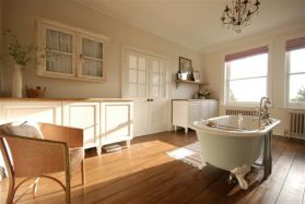 situated-in-canterbury-hrs-drive-from-central-london-a-bedroomed-edwardian-country-house-wit-wallpaper-wp429126