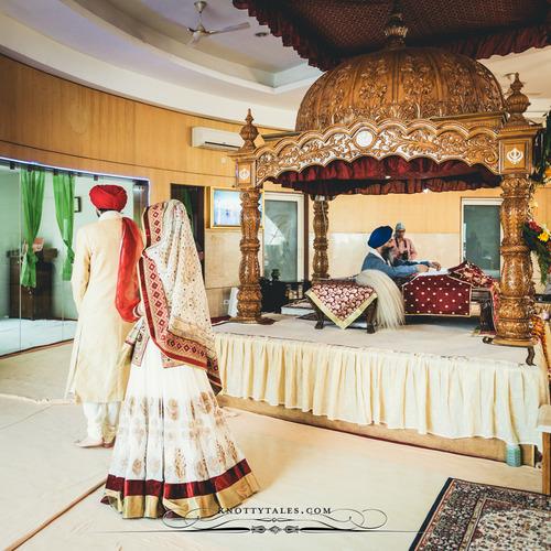 traditional-Punjabi-wedding-at-Gurdwara-wallpaper-wp6006172