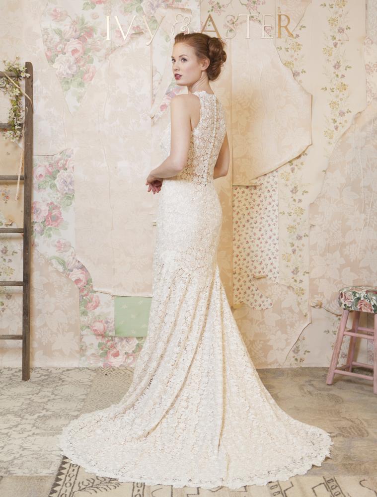 vintage-background-scrappy-romantic-vintage-backdrop-wedding-dress-photography-wallpaper-wp6006296