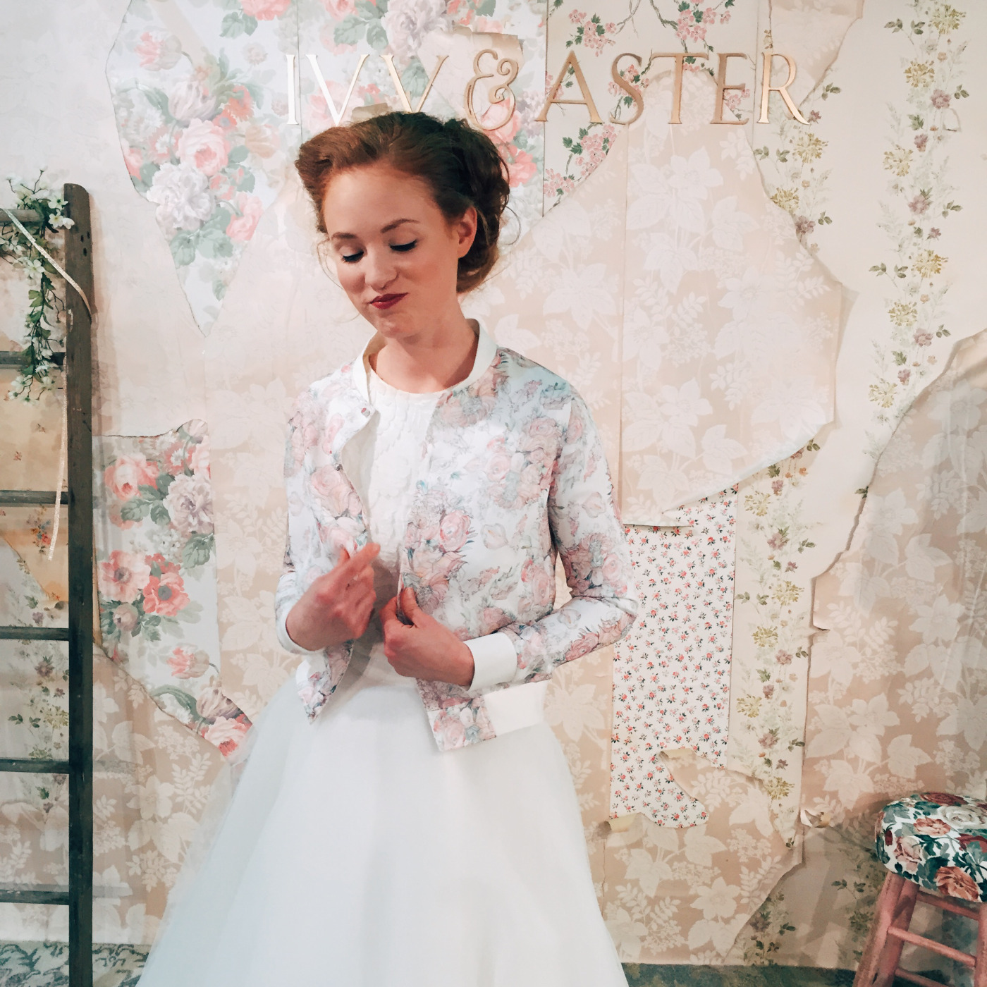 vintage-background-wedding-dress-photography-wallpaper-wp600334