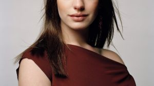 anne hathaway hot photos wallpaper