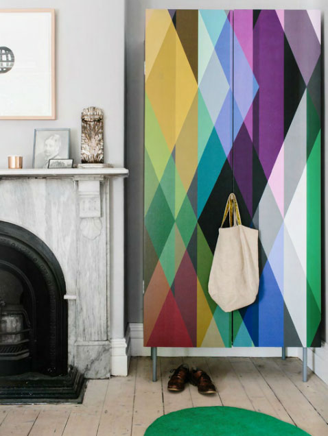 wardrobe-and-Cole-Son-Circus-geometric-wallpaper-wp5203613