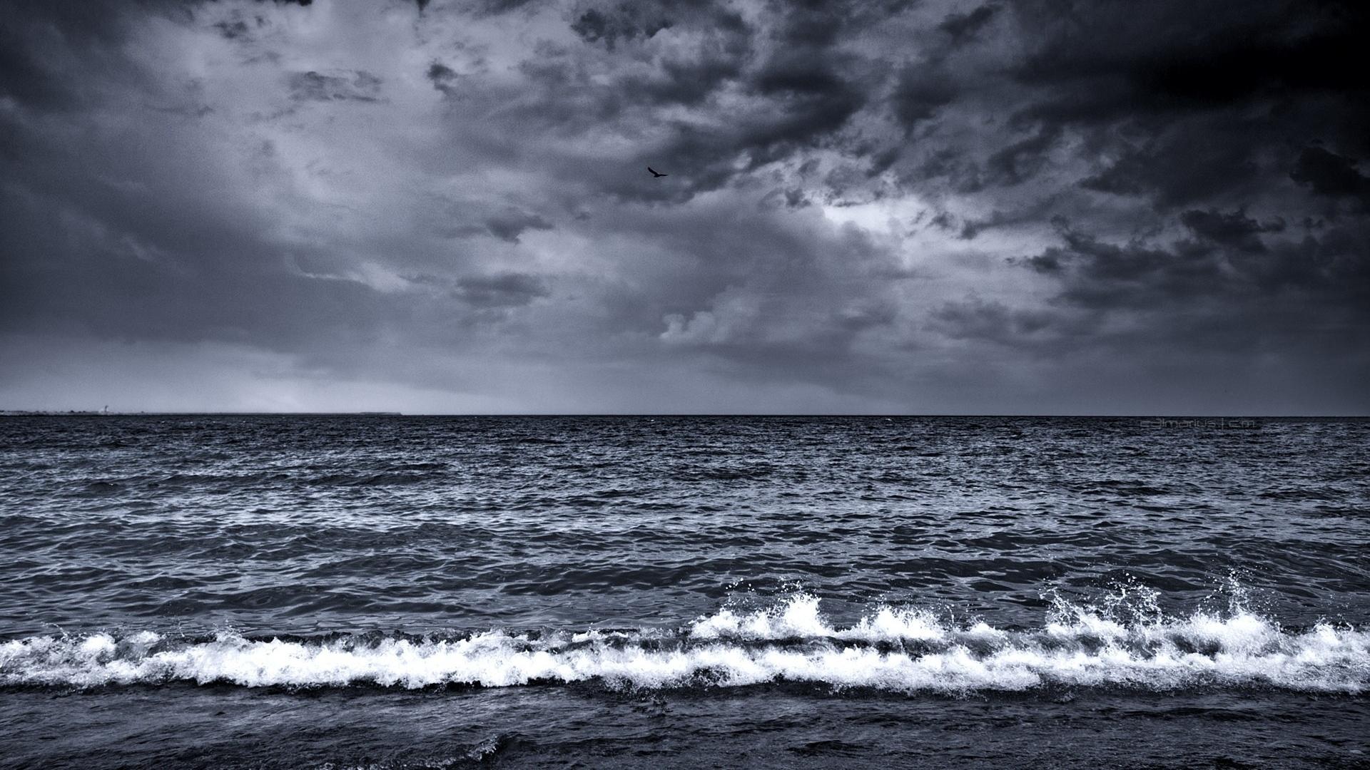 1920x1080-sea-waves-surf-foam-black-and-white-wallpaper-wp360912
