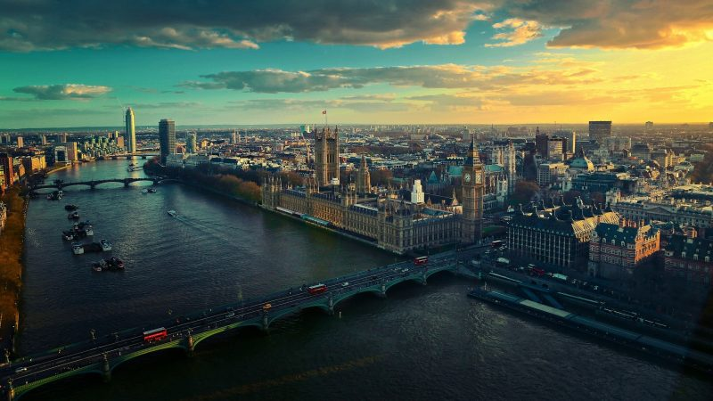 A-picture-of-the-London-Skyline-with-Westminster-Bridge-in-the-foreground-wallpaper-wp3602098