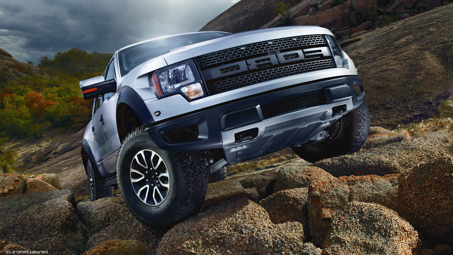 Best-Ford-F-Raptor-wallpaper-wpc9002777