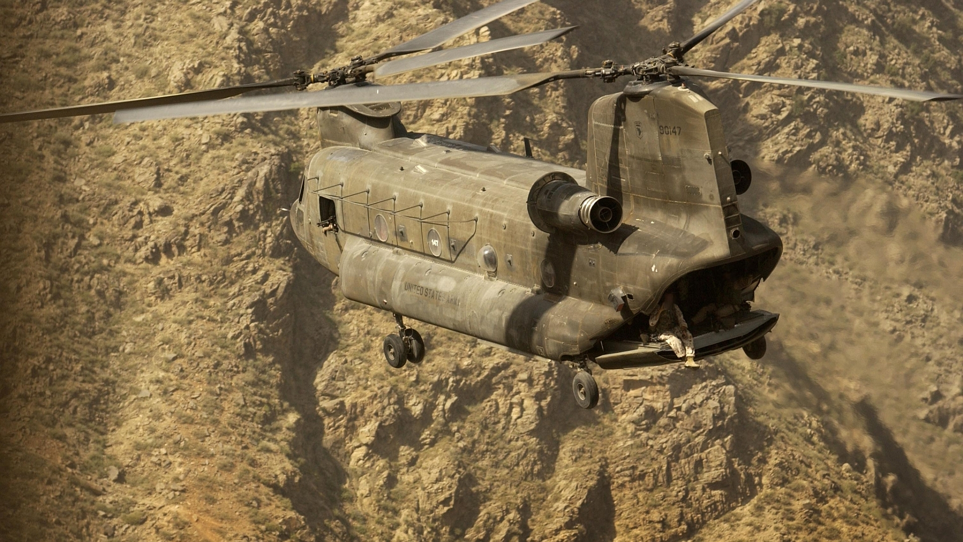 CH-Chinook-1920x1080x-Need-iPhone-S-Plus-Background-for-IPhoneSPlu-wallpaper-wp3603985
