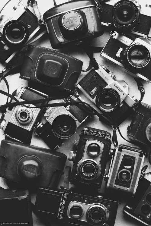 Cameras-Black-White-Photography-wallpaper-wpc5803162