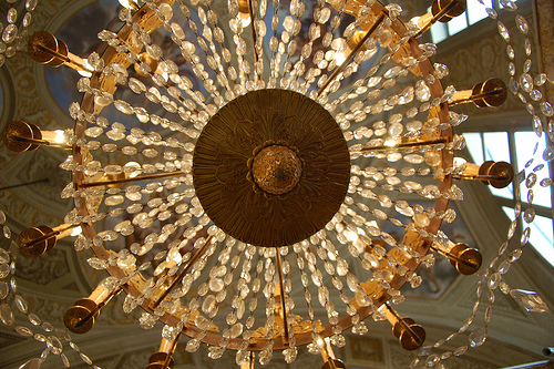 Chandelier-in-Rome-Italy-wallpaper-wpc9003418