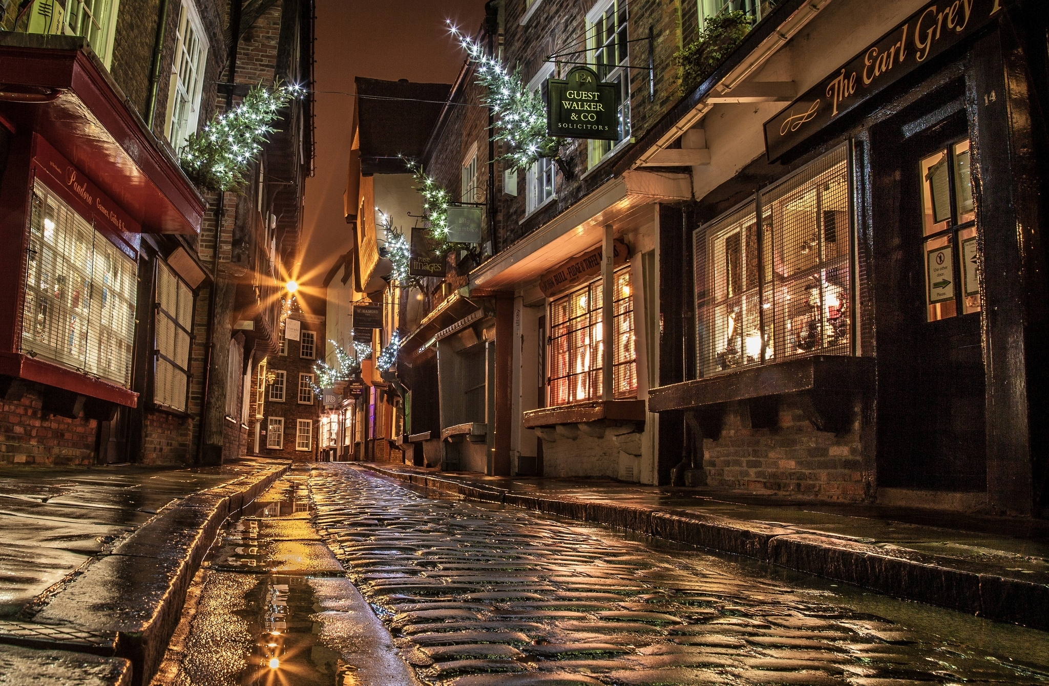 Christmas-England-Evening-Houses-lights-New-year-night-Paving-Road-Shopping-Street-Windo-wallpaper-wpc58023