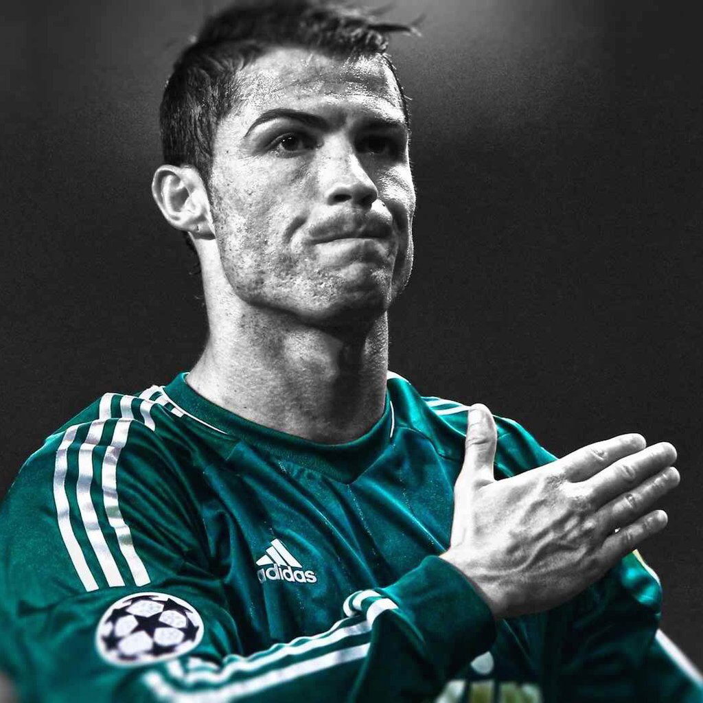 Cool-soccer-players-HD-retina-iOS-for-ur-iPhone-iPod-iPad-Pro-devices-https-a-wallpaper-wpc90026