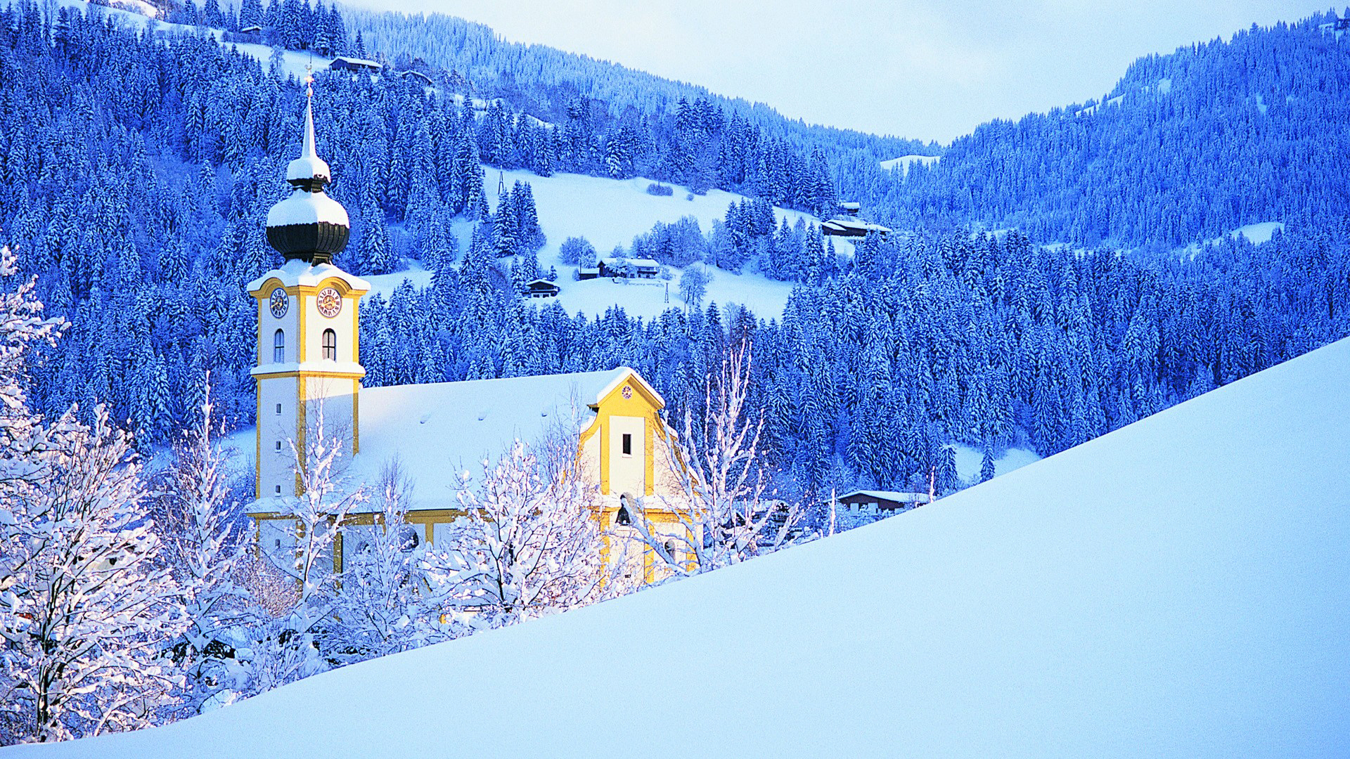 Descargar-Mountains-winter-snow-church-wallpaper-wp3804458