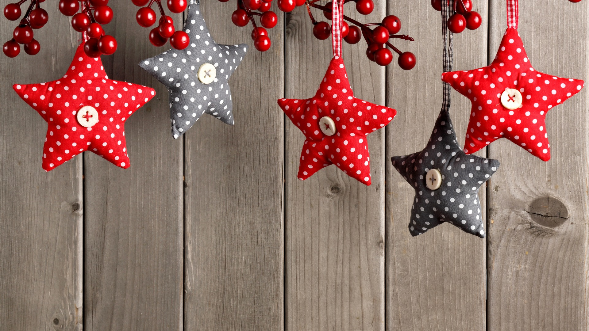 Download-stars-decoration-berries-New-Year-Christmas-Christmas-wood-decoration-Mer-wallpaper-wp3605129