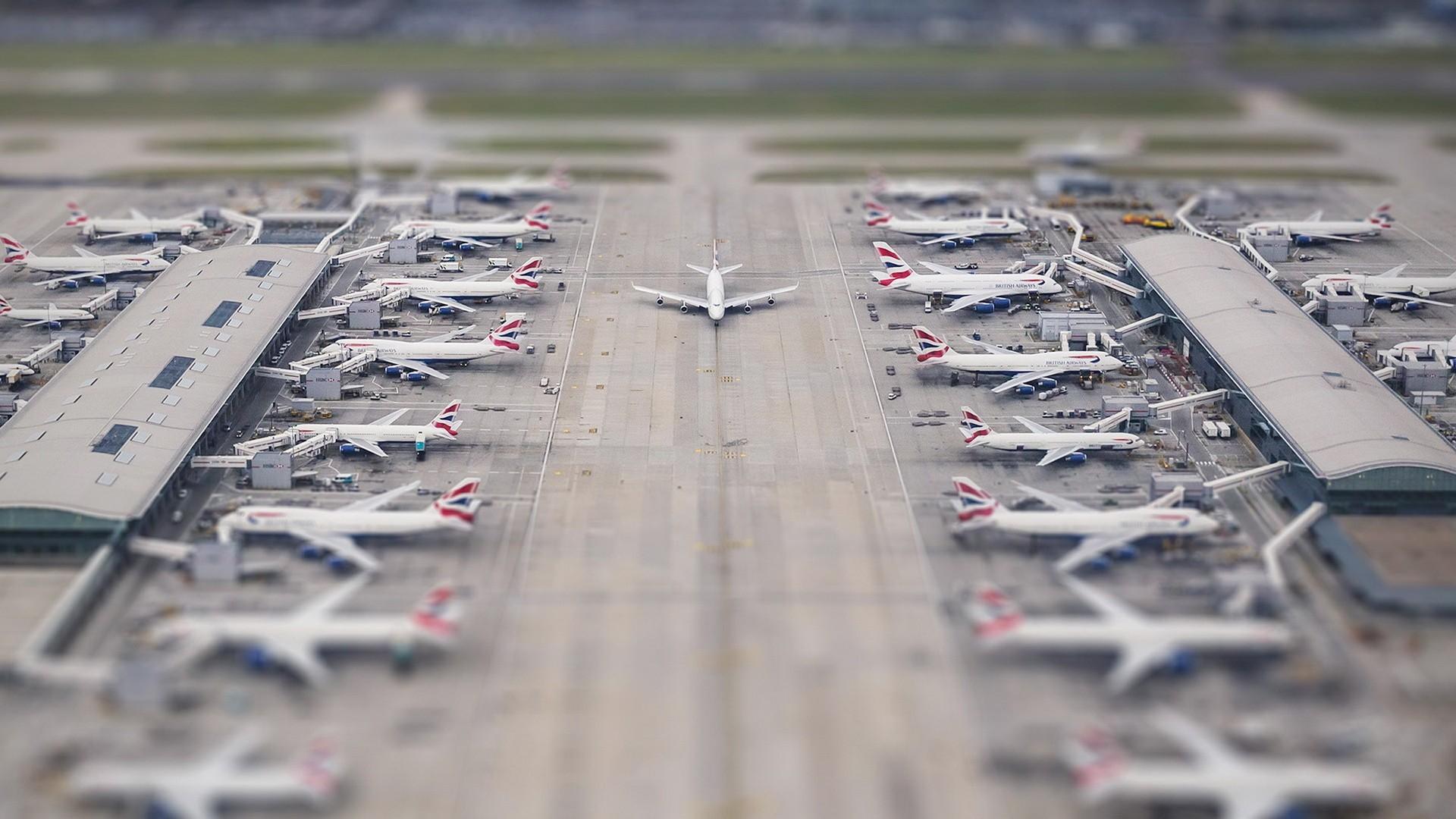 General-1920x1080-airport-airplane-tilt-shift-wallpaper-wpc9205390