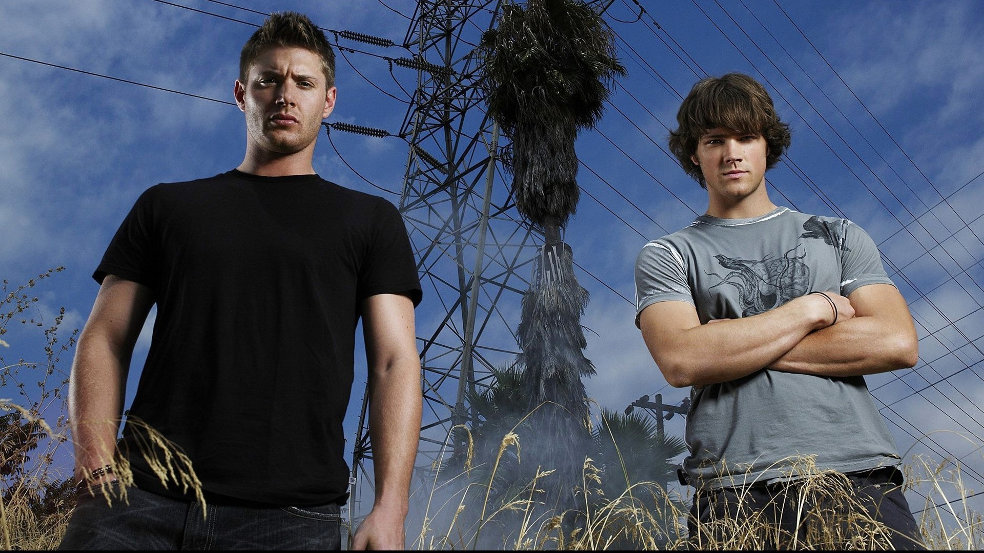 Jared-Padalecki-And-Jensen-Ackles-Supernatural-wallpaper-wp3607538