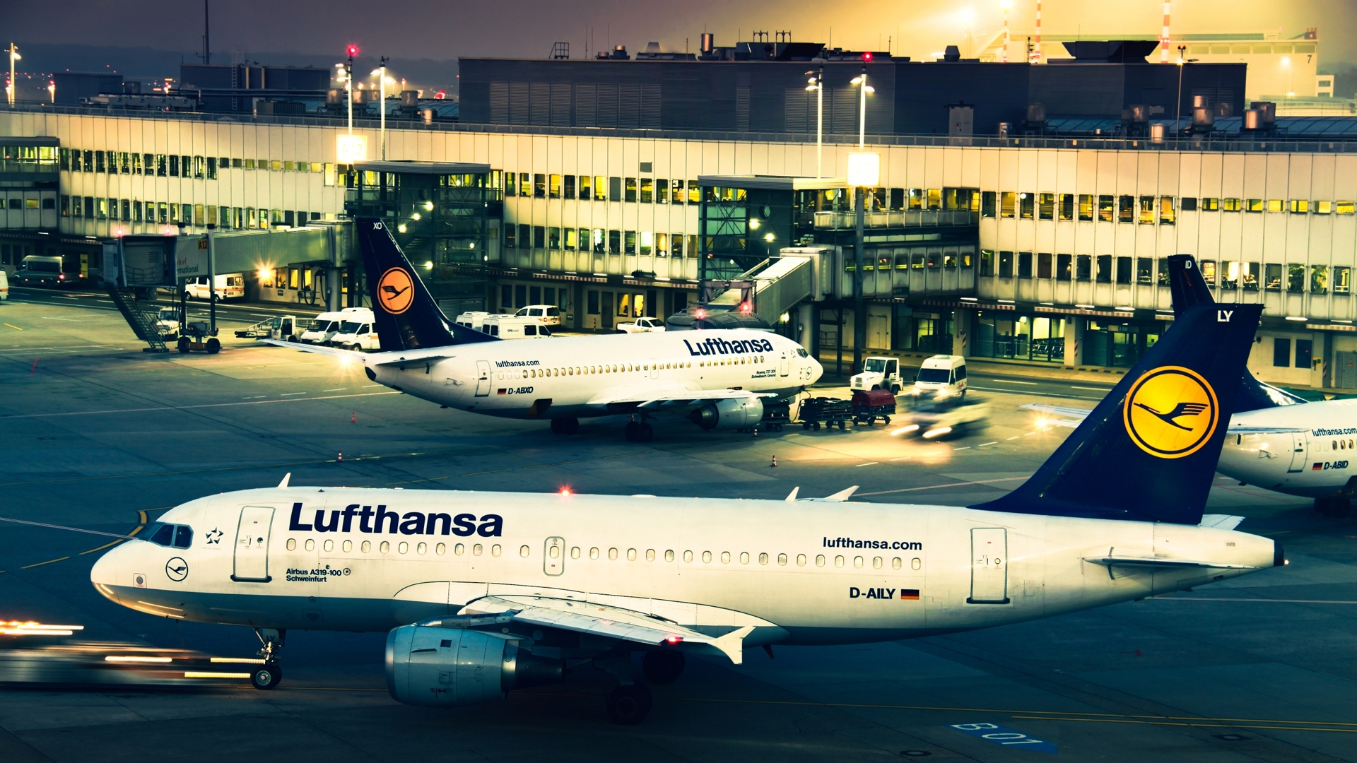 Lufthansa-A-1920x1080-Need-iPhone-S-Plus-Background-for-IPhoneSPlus-Fol-wallpaper-wpc9206925