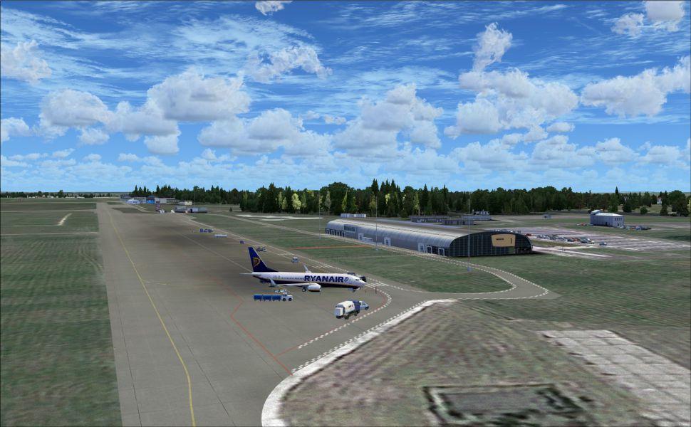 Modlin-Airport-HD-wallpaper-wpc9207287