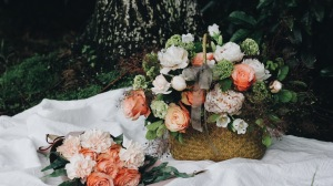 Preview-basket-flowers-composition-1920x1080-wallpaper-wp3609675