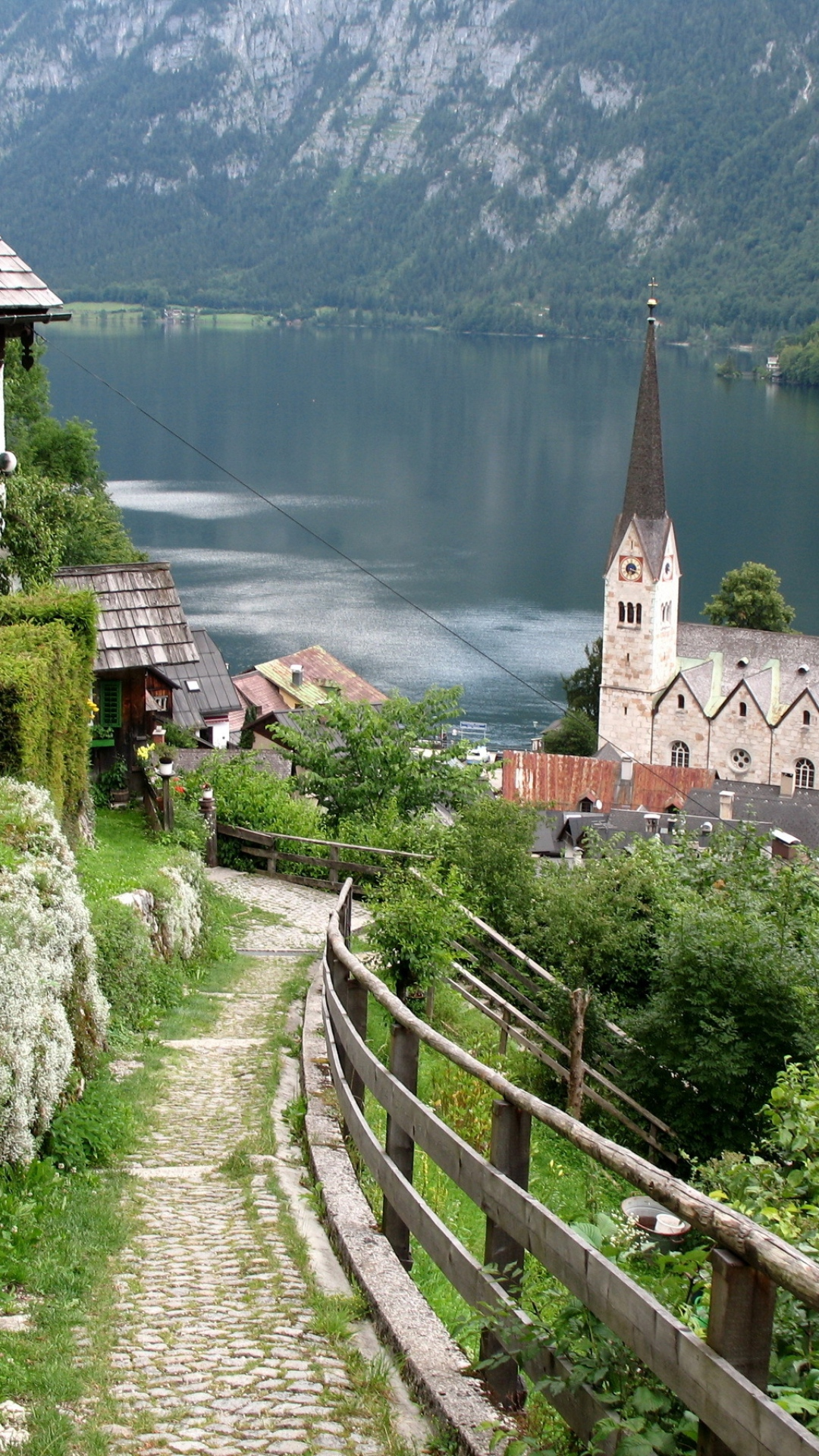 austria-lake-home-structures-mountains-wallpaper-wp3602814