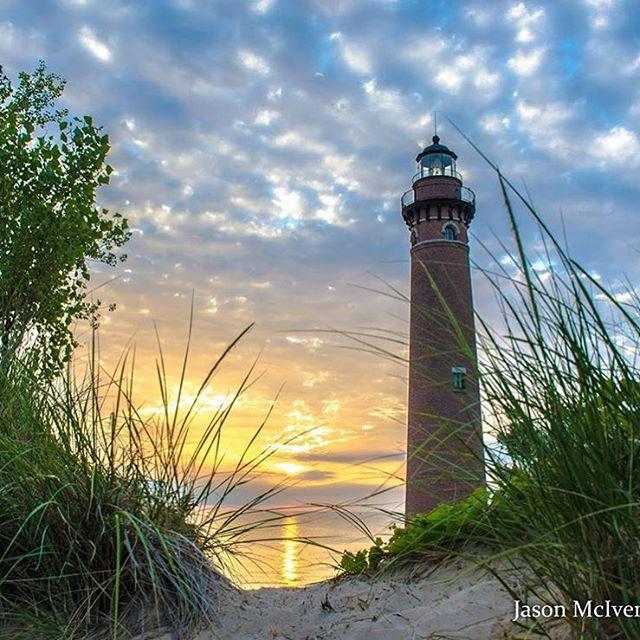 bcdfaafacd-lighthouse-painting-the-lighthouse-wallpaper-wp3801548