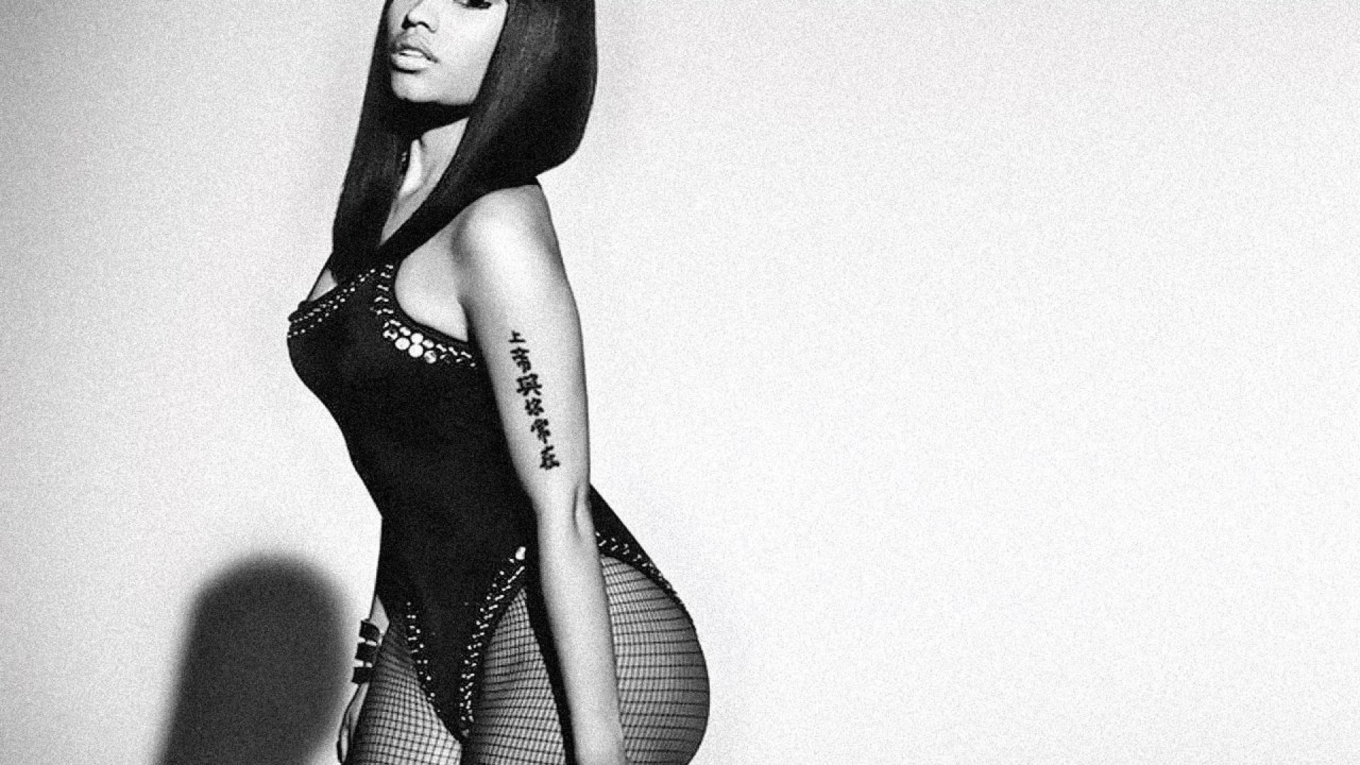 computer-for-nicki-minaj-by-Curt-Robertson-wallpaper-wpc5803626